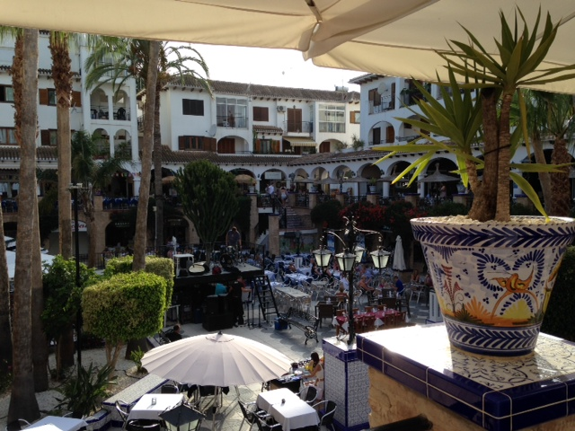 Villa Martin Plaza 2